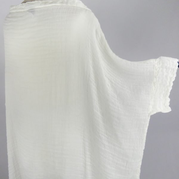 detail handmade linen white shirt with sleeves for woman