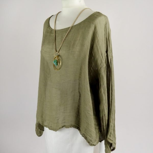 necklace handmade summer top with sleeves for woman made with natural fabric