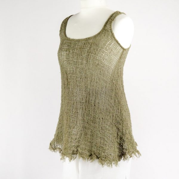 handmade sleeveless green top for woman made with natural fabric